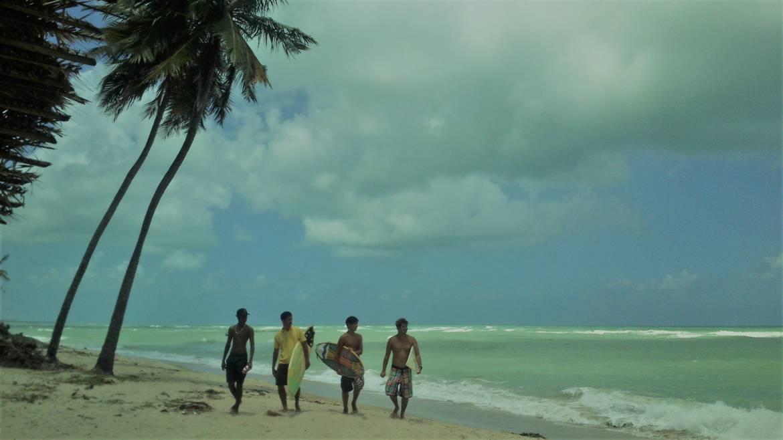 Brazilian-Surfers-Garça.jpg